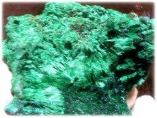 画像5: 巨大結晶 340g超級 希少限定収蔵品 コンゴ産 ベルベット マラカイト 結晶標本 (別名:孔雀石 ビロードマラカイト Velvet Malachite 天鵞絨孔雀石 ) No.3554 (5)
