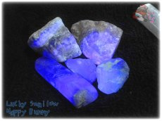 画像1: 蛍光反応 フローライト各種  蛍石 鑑別済み メニューにより八面体あり (1)