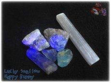 画像3: 蛍光反応 フローライト各種  蛍石 鑑別済み メニューにより八面体あり (3)