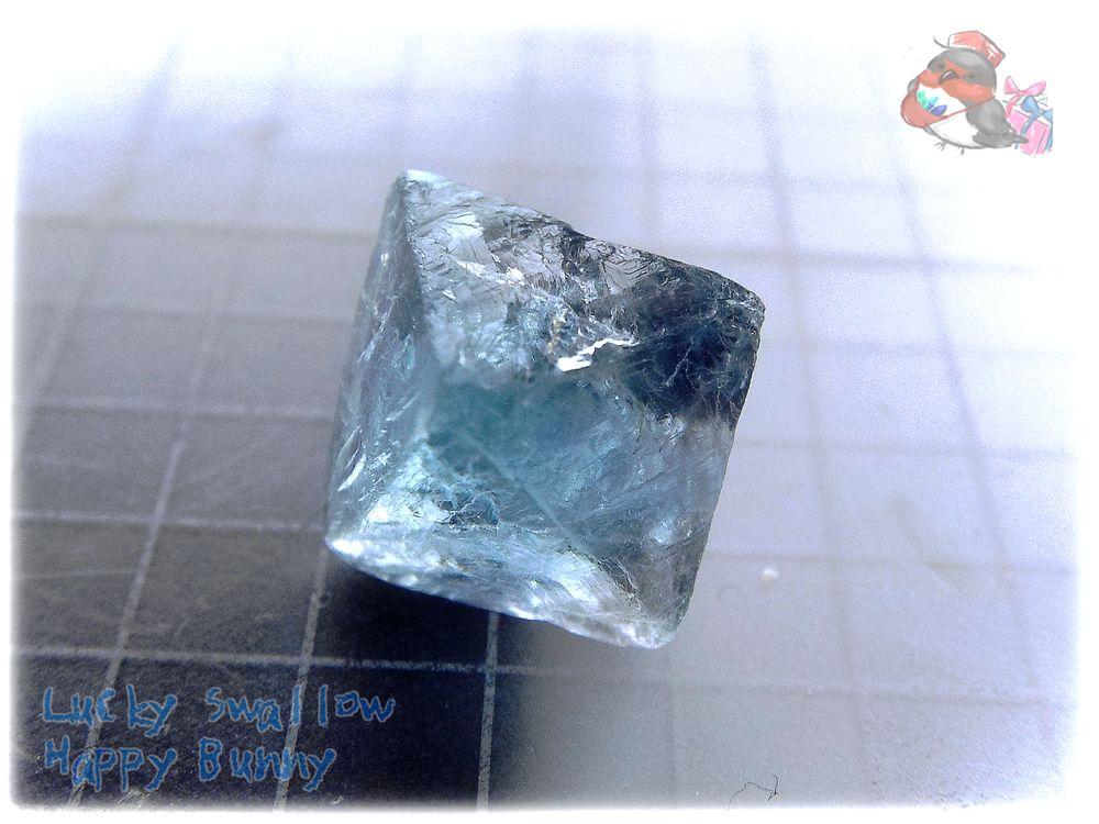 画像1: ブルーフローライト 八面体 蛍石 結晶 No.3669 (1)
